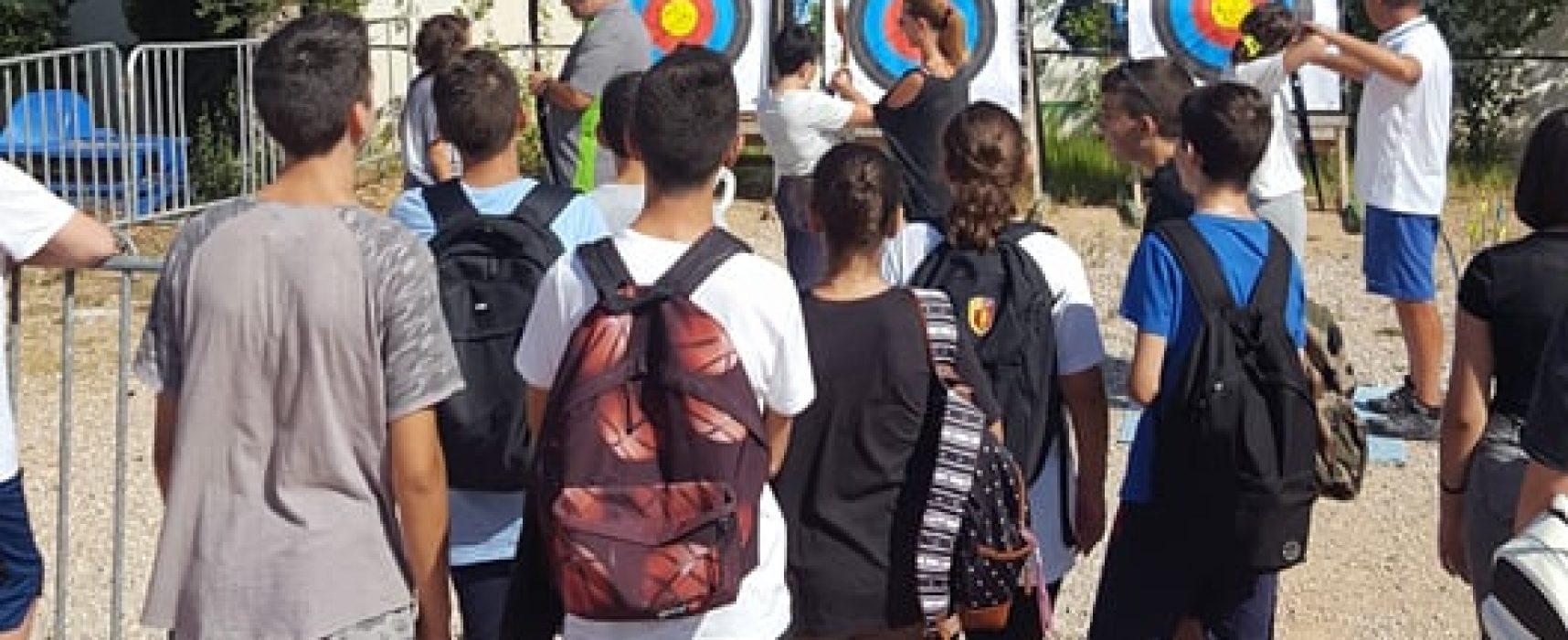 Oι μαθητές γνώρισαν την τοξοβολία στο Ο.Α.Κ.Α.