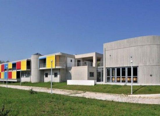 Προμηθέας Πατρών και Ίδρυμα Σταυροπούλου παραχωρούν τους ξενώνες στο σύστημα υγείας